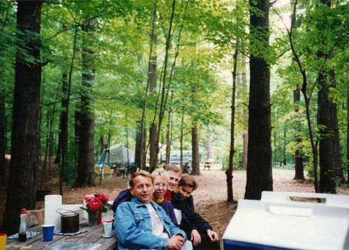 John & Therese W Howard & Linda Camping